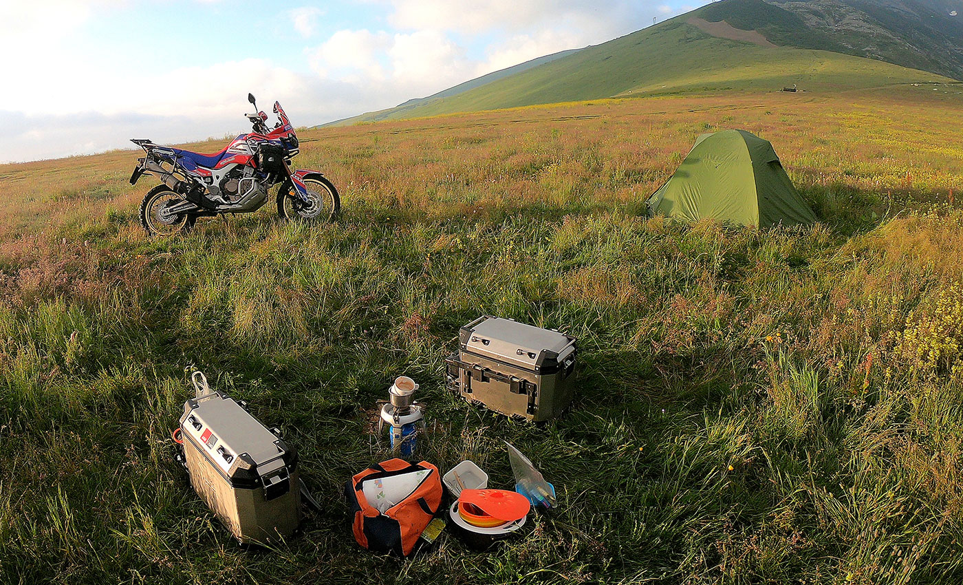 INSTRUNCTIONS+FOR+CAMPING+BY+MOTORCYCLE