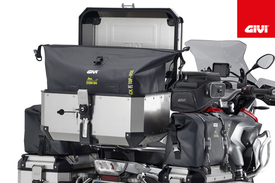GIVI+HAS+DESIGNED+INTERNAL+BAGS+FOR+A+MORE+COMFORTABLE+JOURNEY%21