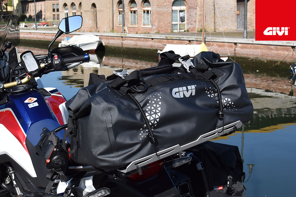THE+RANGE+OF+GIVI+ULTIMA-T+SOFT+BAGS+IS+GROWING