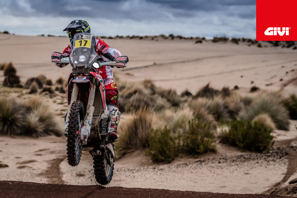 GIVI+and+the+great+off-road+motorcycle+champions%21